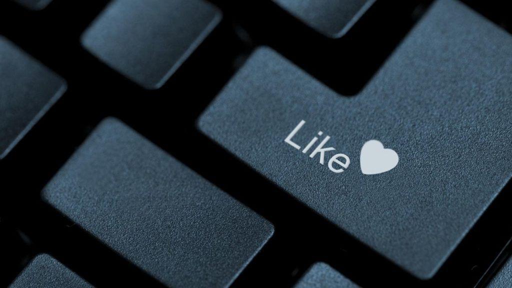 Facebook, microsoft